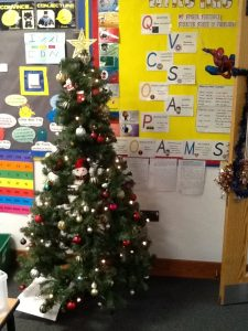 Week 7- Hyenas' Christmas Tree